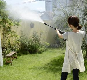 水圧を低圧にして、庭に散水